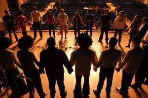 El teatro, disciplina artística que sirve como terapia