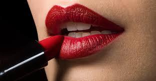 Los labios rojos y su influencia en las personas