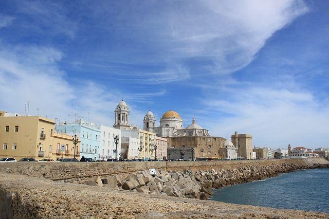 El Puerto de Cádiz prevé más de 300 escalas de cruceros en 2018