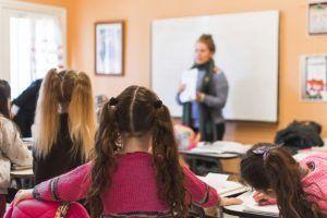 La salud mental en la infancia mejora gracias a los refuerzos positivos en el aula
