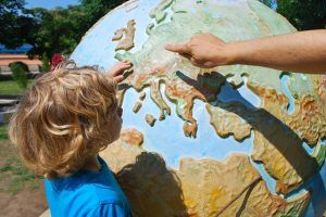 Viajar tiene muchos beneficios para la mente de los niños